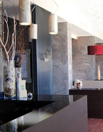 Design e arredamento negozi arredamento per negozi for Negozi arredamento piacenza