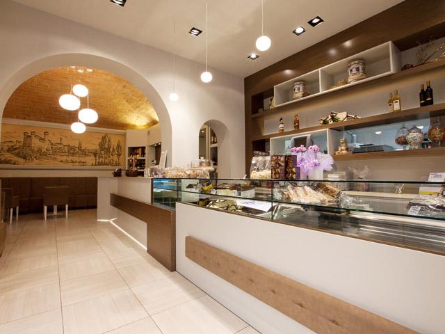 Arredi personalizzati e unici per negozi arredamenti for Interior designer famosi