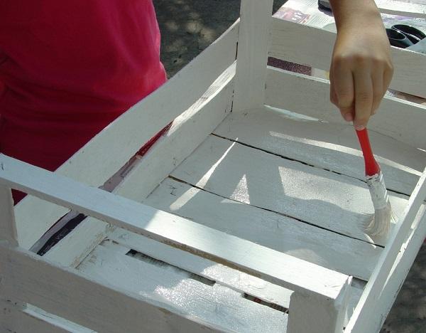 Le vernici per legno ad acqua e a solvente - Fai da te verniciare finestre legno ...