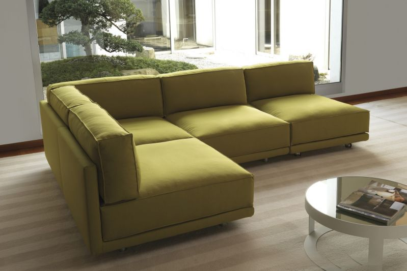 Consigli per l 39 acquisto del divano angolare for Divani angolari grandi