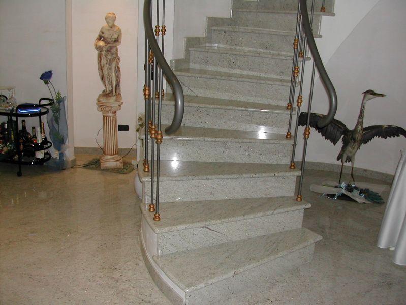 Architettura di interni ed esterni lavorazione marmi e pietre - Scale in granito per interni ...
